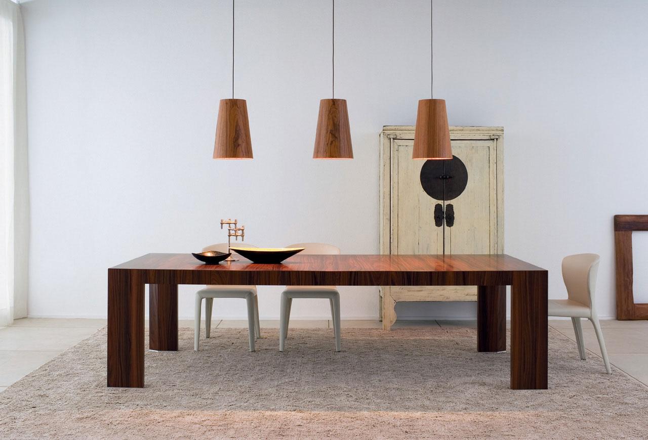 NUOVI MATERIALI E TENDENZE, i tavoli della nuova collezione giorno