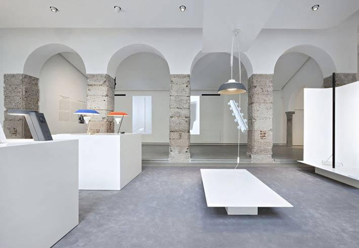 Scillufo presenta in esclusiva Re-Lighting Flos / Gino Sarfatti